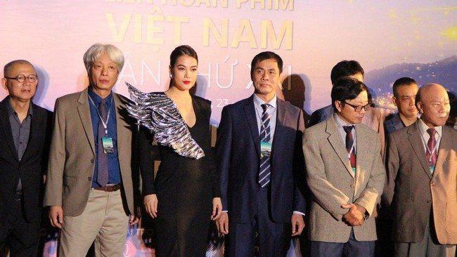The jury of the 21st Vietnam Film Festival (Photo: VOV)