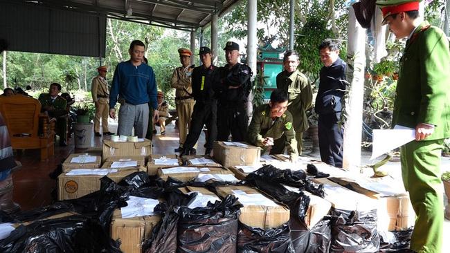 Quảng Bình bắt giữ gần 1 tấn pháo lậu - ảnh 2