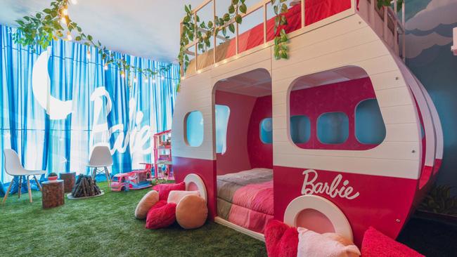 Thả mình trong khách sạn dành cho các tín đồ của búp bê Barbie - ảnh 4