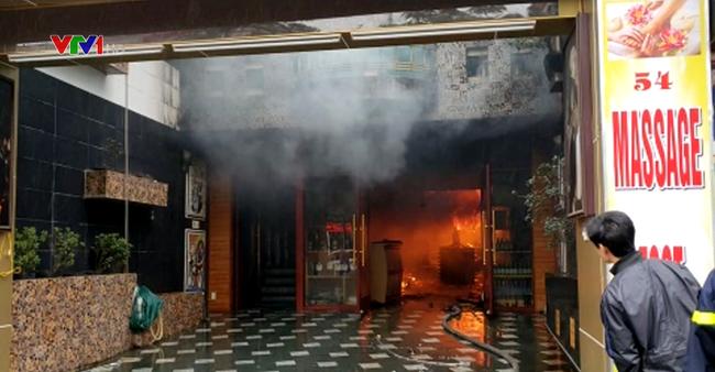 Cháy lớn khách sạn ở Hải Phòng, 1 người thiệt mạng - ảnh 2