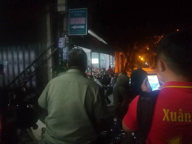 TP.HCM: Kinh hoàng 2 thanh niên bị nhóm giang hồ truy sát - ảnh 1