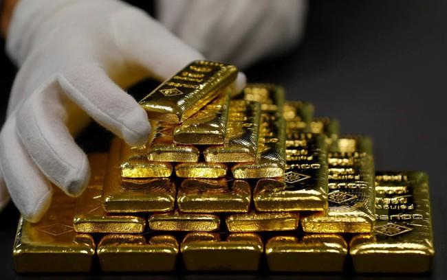 Giá vàng thế giới giảm xuống mức thấp nhất kể từ đầu năm - ảnh 2