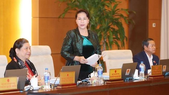 NA Chairwoman Nguyen Thi Kim Ngan speaks at the session. (Photo: VNA)