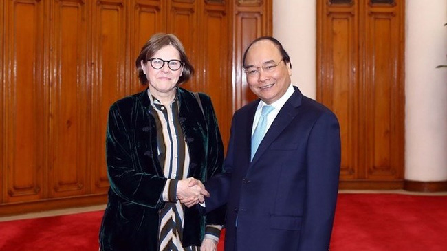 Vietnam has always considered the cooperation between its National Assembly and the European Parliament (EP) as an important pillar of bilateral relations, Prime Minister Nguyen Xuan Phuc affirmed while receiving EP Vice President Heidi Hautala in Hanoi on January 7.