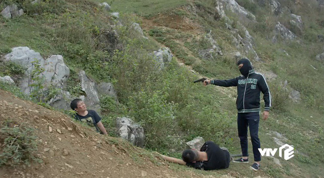Mê cung - Tập 15: Đông Hòa giết chết Dương vô diện? - ảnh 13
