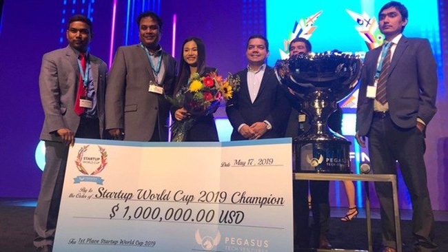 Vietnam-based company Abivin wins the 2019 Startup World Cup. (Photo: VNA)
