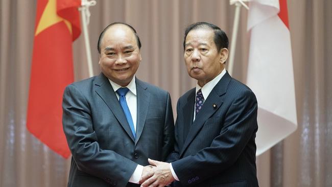 PM receives Chairman of Japan - Vietnam Friendship Parliamentary Alliance.