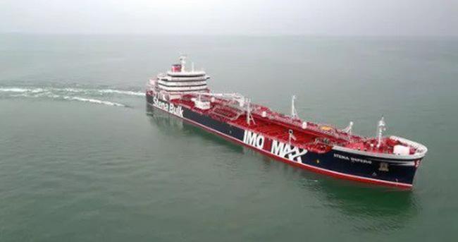 Phí bảo hiểm tăng sau các sự cố tàu chở dầu ở Vùng Vịnh - ảnh 1