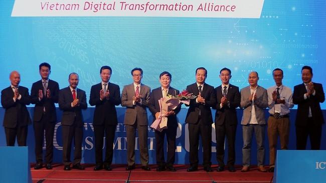The debut of the Vietnam Digital Transformation Alliance (Photo: VGP)