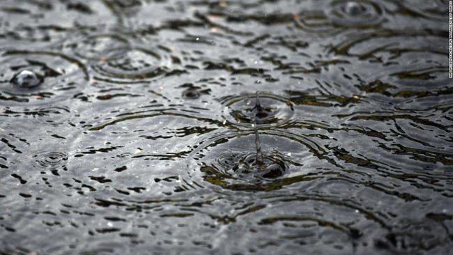 Sốc khi 90% nước mưa có chứa nhựa - ảnh 2