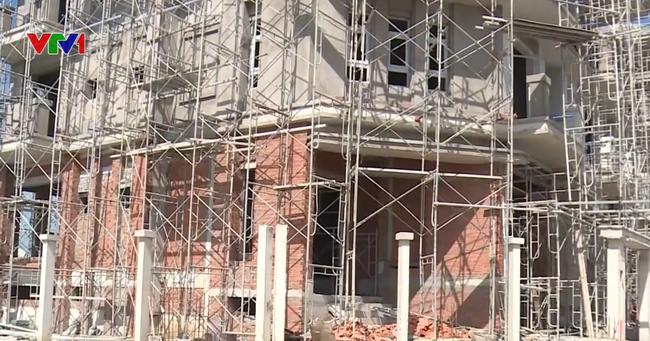 Sở Xây dựng TP.HCM phê bình thanh tra liên quan đến 110 căn biệt thự - ảnh 2