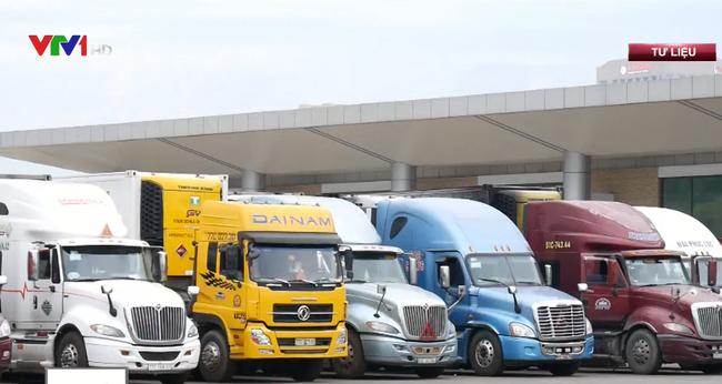 Tất cả container thanh long ùn ứ tại cửa khẩu đã được thông quan - ảnh 2