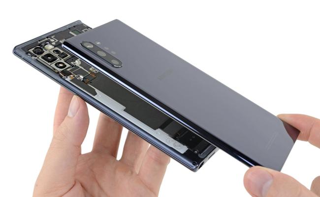 Galaxy Note10+ chơi khó người dùng vì nguy cơ vỡ kính khi tháo mở - ảnh 4