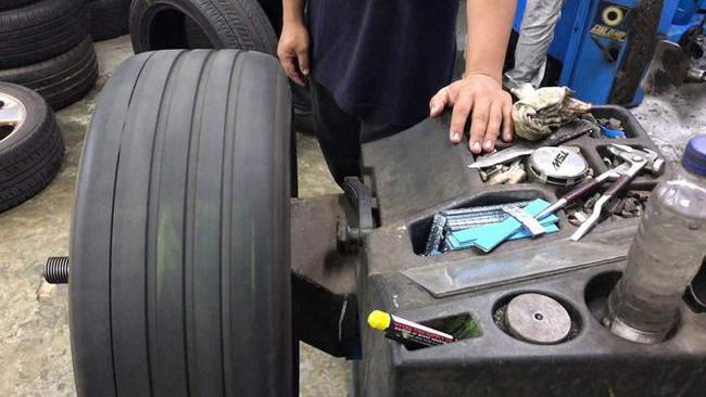 Có cần thiết cân bằng động bánh xe và cân chỉnh thước lái? - ảnh 4