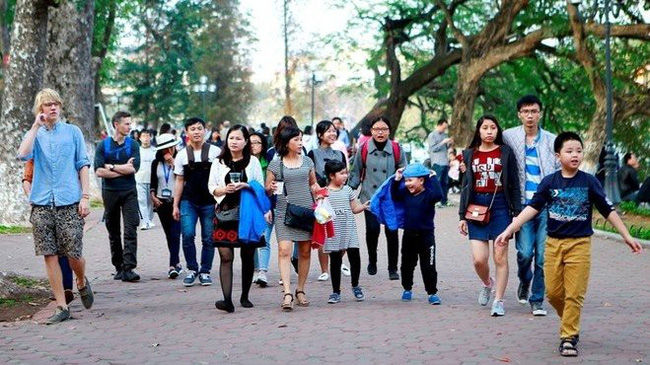 The number of visitors to Hanoi increased by 10.7% in August.