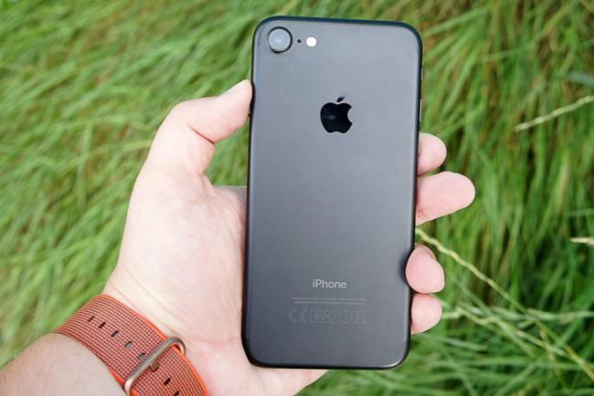 Apple bán iPhone 7 với giá chỉ hơn 9 triệu đồng - ảnh 4