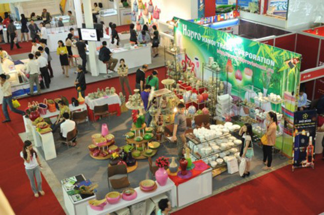 Trade promotion activities of Vietnamese businesses at international trade fairs. (Photo: Thuong Hieu Viet magazine)