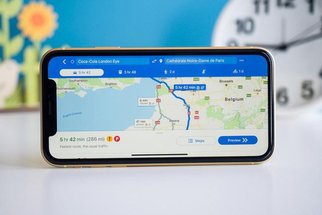 Google Maps tích hợp trợ lý ảo Siri, hỗ trợ chỉ đường qua CarPlay - ảnh 1
