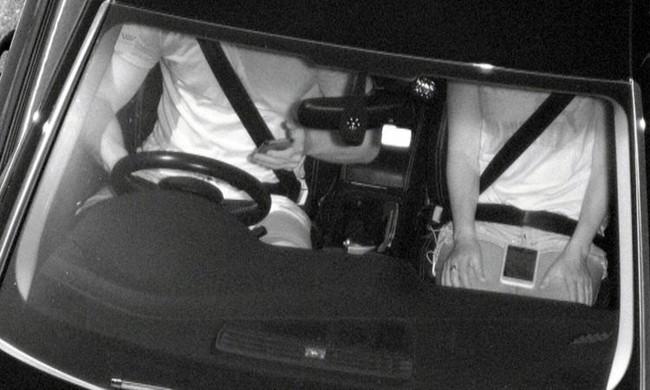 Kết quả hình ảnh cho camera phát hiện tài xế sử dụng điện thoại di động