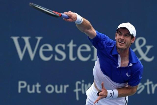 Andy Murray serves against Richard Gasquet during the Western and Southern Open tennis tournament at Lindner Family Tennis Centre. (Photo: USA TODAY Sports)
