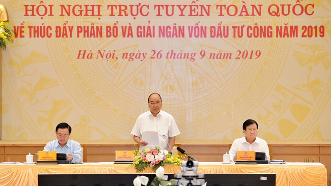 Prime Minister Nguyen Xuan Phuc speaking at the conference (Photo: Tran Hai)