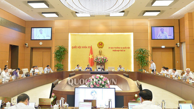 A meeting of the National Assembly Standing Committee (Photo: Quochoi.vn)