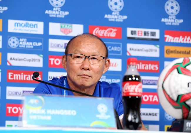 Coach Park Hang-seo has affirmed his team's determination to fight in the hope of progressing to the Round of 16. (Photo: Vietnam Football Federation)