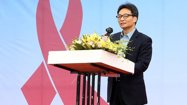 Deputy Prime Minister Vu Duc Dam speaks at the meeting. (Photo: VGP)
