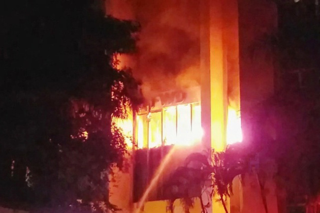 Thanh Hóa: Cháy lớn tại tòa nhà dầu khí, nhiều người mắc kẹt, 1 người chết - ảnh 7