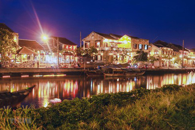 Hoi An by night (Photo: VNA)