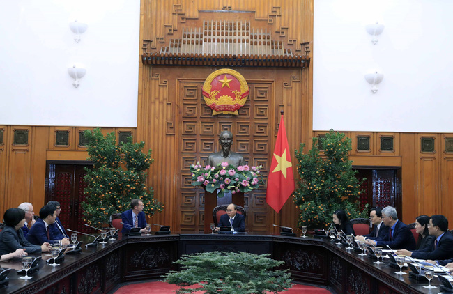 Thủ tướng Nguyễn Xuân Phúc tiếp lãnh đạo Trường Harvard Kennedy - ảnh 2