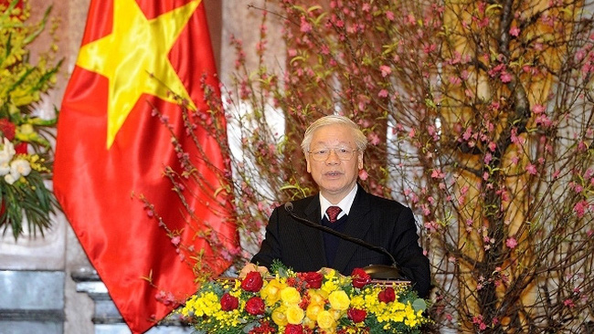 Party General Secretary and President Nguyen Phu Trong offers Tet greetings at the get-together in Hanoi on February 22 (Photo: NDO/Dang Khoa)