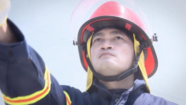 Lửa ấm - Tập 1: Đội trưởng Minh (NSƯT Quốc Thái) và đồng đội lao vào biển lửa - ảnh 3