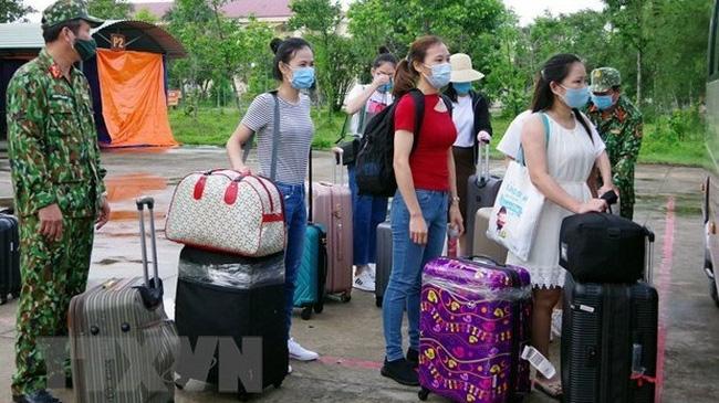 Citizens complete quarantine period (Photo: VNA)