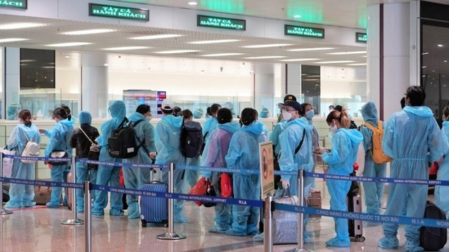 Singapore has decided to unilaterally open its borders to visitors from Vietnam. (Photo for illustration: NDO)