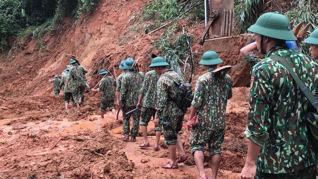 Cận cảnh hiện trường vụ sạt lở nghiêm trọng tại Quảng Trị làm vùi lấp 22 cán bộ, chiến sĩ - ảnh 9
