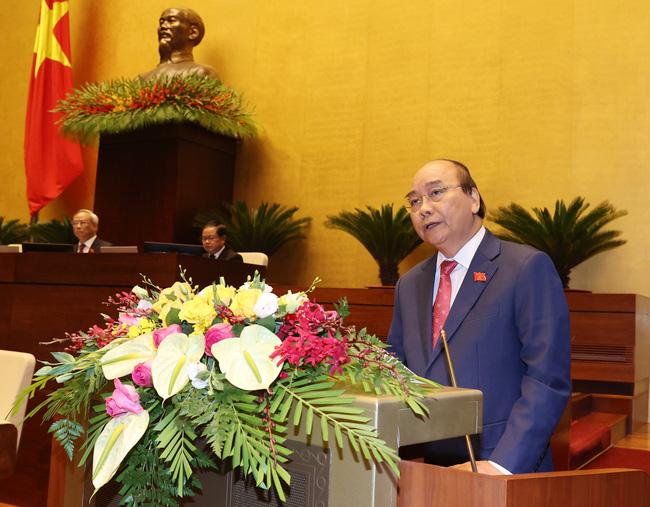 Thủ tướng: Chính phủ sẽ làm hết sức mình, khắc phục hậu quả mưa lũ miền Trung - ảnh 6