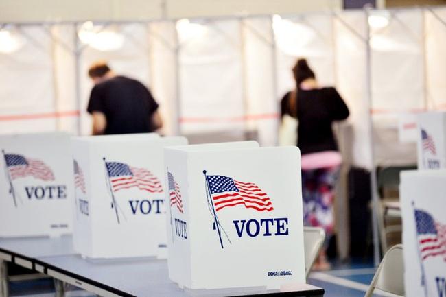 Nhiều bang tại Mỹ đạt kỷ lục về số cử tri bỏ phiếu sớm - ảnh 2
