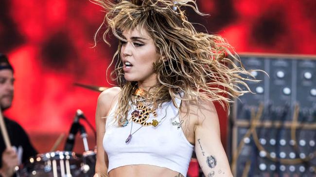 Miley Cyrus xác nhận ra mắt album nhạc rock - ảnh 2