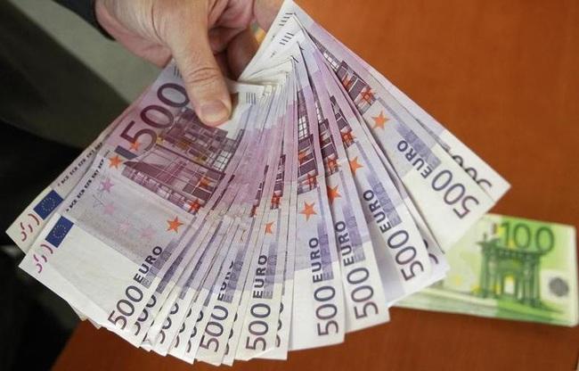 Tình trạng lãi suất âm, nhà đầu tư châu Âu phải trả phí gửi tiền ở ngân hàng - ảnh 3