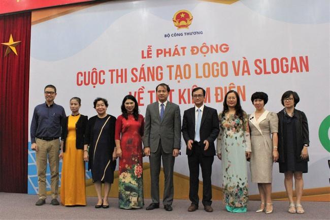 """Phát động """"Cuộc thi sáng tạo logo và slogan về tiết kiệm điện"""" - ảnh 2"""