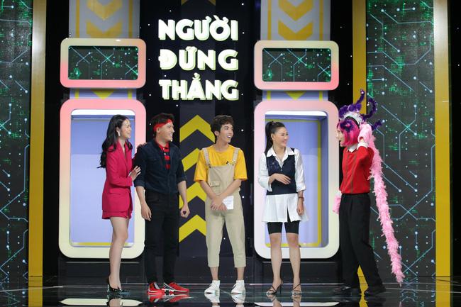 Dương Thanh Vàng tức giận, ném kịch bản ngay trên sân khấu vì Võ Tấn Phát