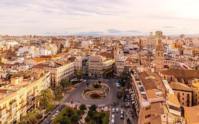 Top 10 thành phố dễ sống nhất cho người nước ngoài - ảnh 4