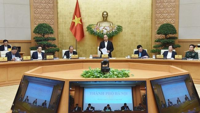 Prime Minister Nguyen Xuan Phuc speaks at the meeting. (Photo: NDO/Tran Hai)