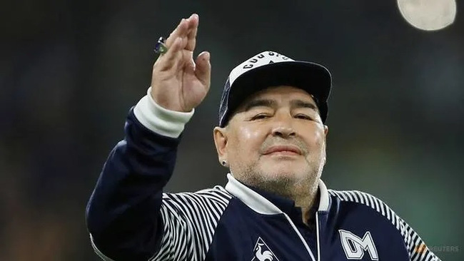 Gimnasia y Esgrima coach Diego Maradona on Mar 7, 2020. (Reuters)
