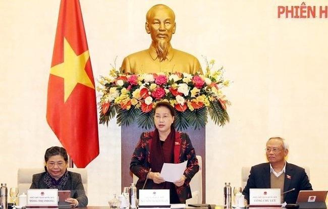 NA Chairwoman Nguyen Thi Kim Ngan speaks at the closing session. (Photo: VNA)
