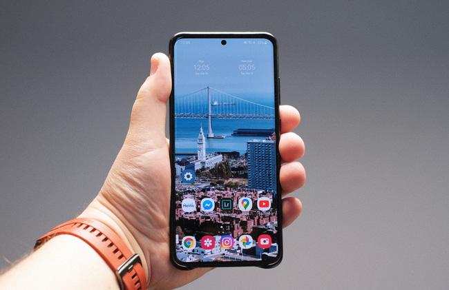 Mở hộp Galaxy S20 Ultra chính hãng giá gần 30 triệu đồng - ảnh 13