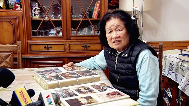 Despite her old age, Tran Thi Sam still maintains her active role in charity activities launched by the Overseas Vietnamese community in France.