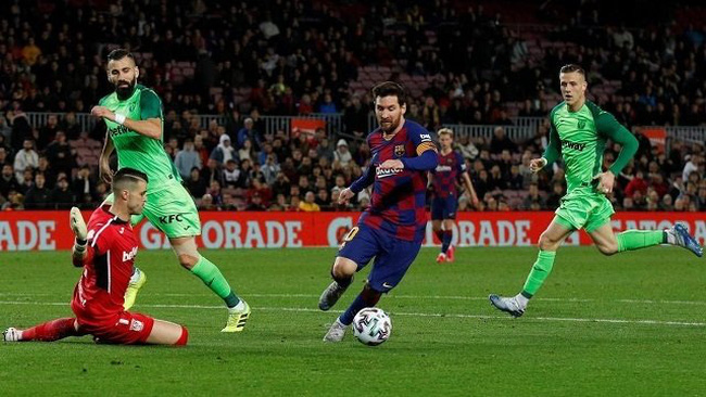 Soccer Football - Copa del Rey - Round of 16 - FC Barcelona v Leganes - Camp Nou, Barcelona, Spain - January 30, 2020 Barcelona's Lionel Messi scores their fifth goal. (Photo: Reuters)