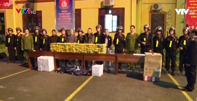 Lạng Sơn bắt vụ vận chuyển 200 kg ma túy tổng hợp - ảnh 1